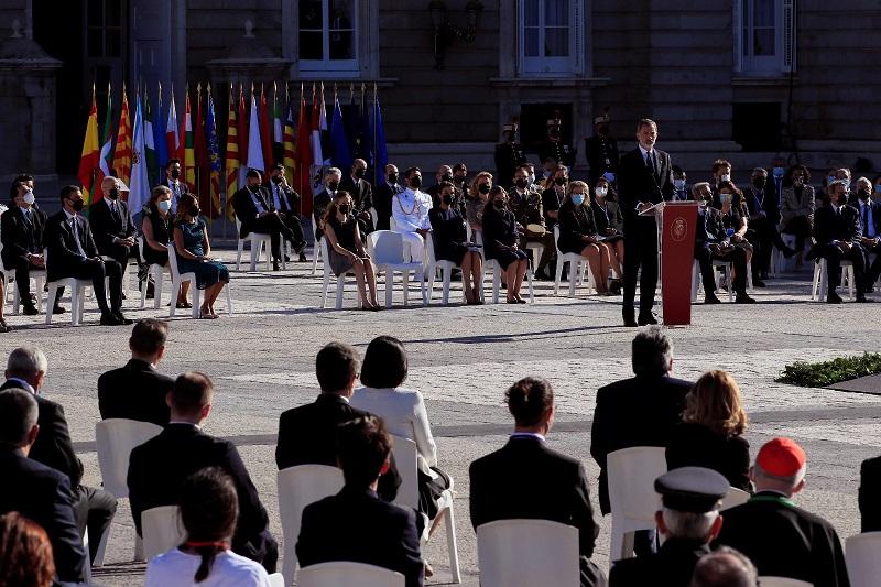 El cardenal Osoro, en el homenaje en la plaza de Armas