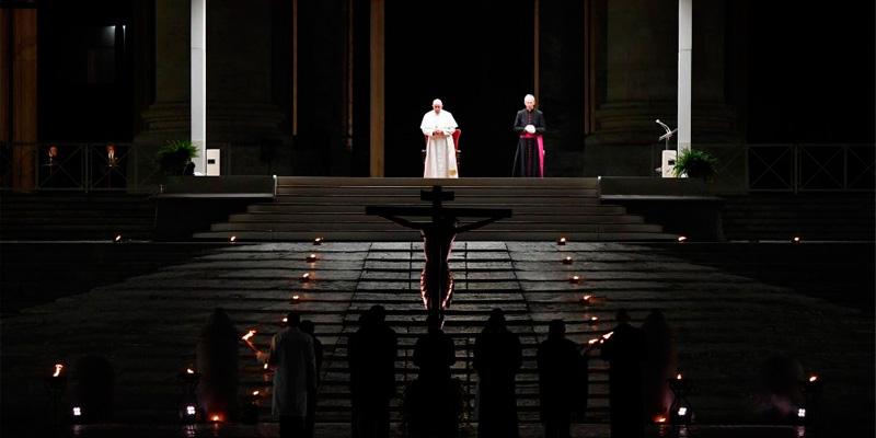 Via crucis Papa 2020 800x400