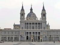 La catedral adopta el horario de verano desde el mes de julio