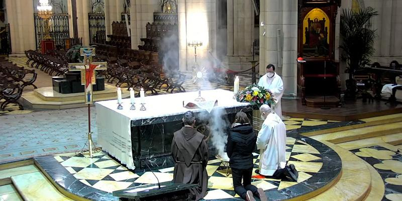 Cardenal Osoro: «A ti y a mí nos ha elegido Nuestro Señor para que nos acerquemos a la gente»