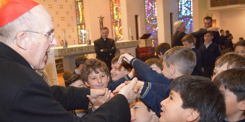 El cardenal Osoro visita el colegio Tajamar