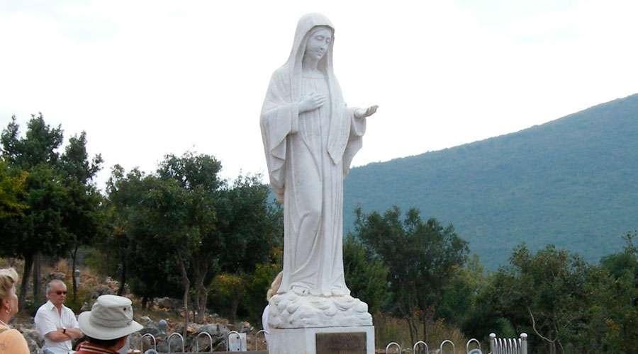 Archidiocesis De Madrid Enviado Del Papa Francisco Aclara Situación De Peregrinaciones A Medjugorje