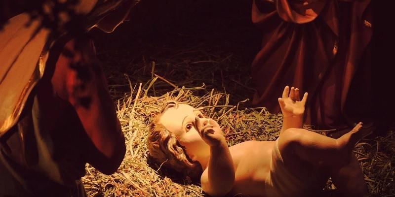 Nació y fue anunciado de noche