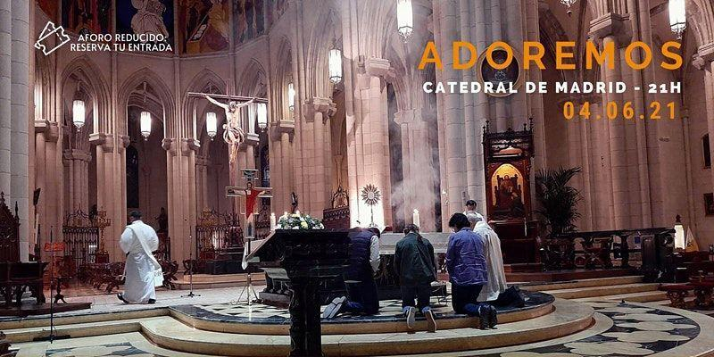 La catedral acoge la vigilia de oración Adoremos del primer viernes de junio dirigida por el cardenal Osoro