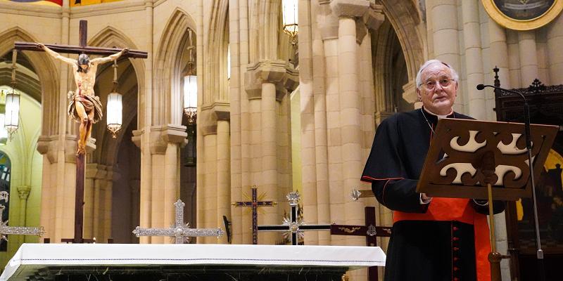 El cardenal Amigo anima a «reencontrarse con lo mejor de nuestra condición de creyentes» en Semana Santa